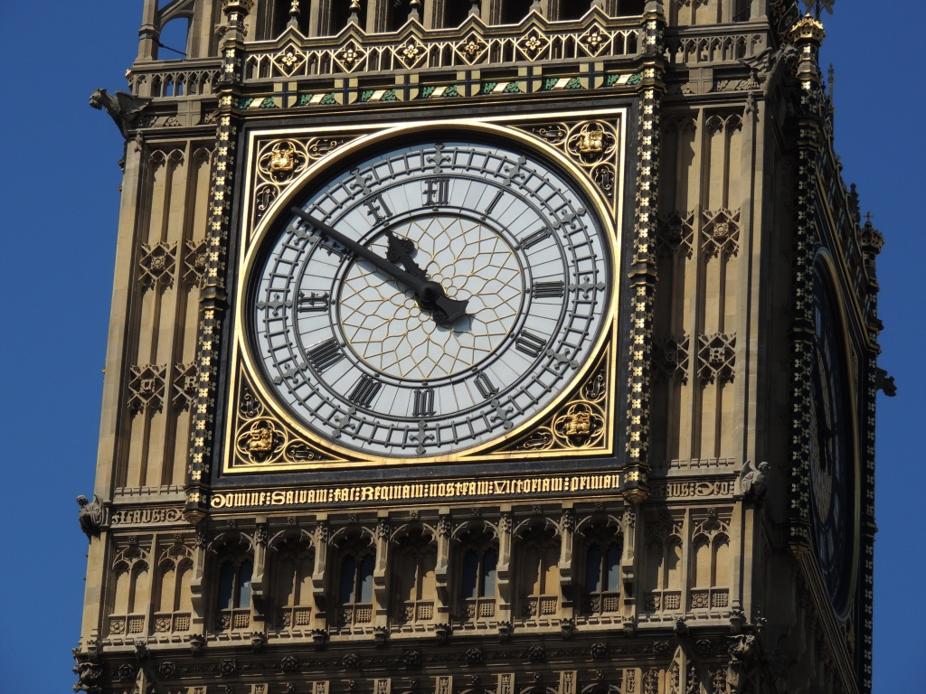 new helicopter with Big Ben Clock on Wn08013505 likewise 13927141442 likewise 14958477745 additionally Photo6290 as well 9591601253.